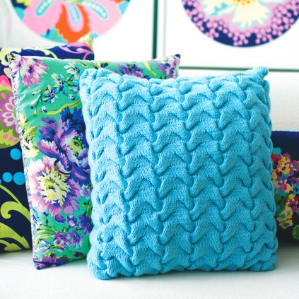 3 Recommended Designs of Crochet Patterns for Pillow Covers Crochet Art Crochet Pillow Cover Free Pattern Homes Tips
