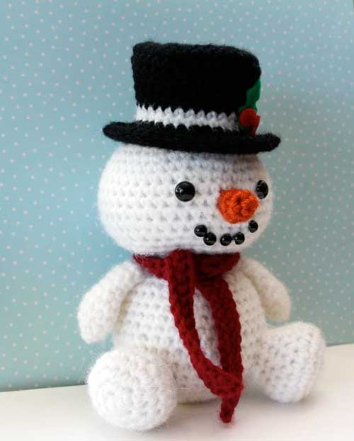 Crochet Pattern For Snowman Jolly The Snowman Amigurumi Pattern Amigurumipatterns