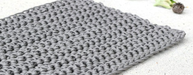 Crochet Square Rug Patterns How To Crochet An Outdoor Rug For Beginners Mama In A Stitch