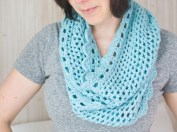 Easy Infinity Scarf Crochet Pattern How To Crochet And Infinity Scarf