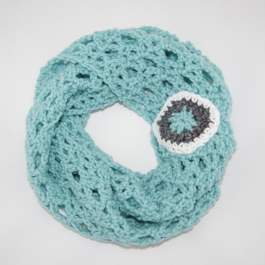 Free Infinity Scarf Crochet Pattern  Diamond Lace Infinity Scarf Crochet Pattern Yay For Yarn