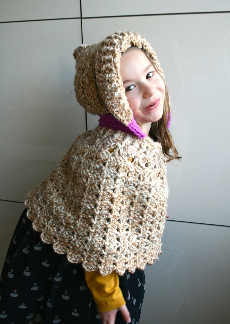 List of Free Crochet Patterns for Toddlers Ponchos Lacy Hooded Poncho Crochet Pattern Luz Patterns