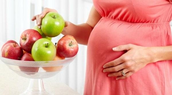 Lợi ích tuyệt vời của trái táo đối với bà bầu
