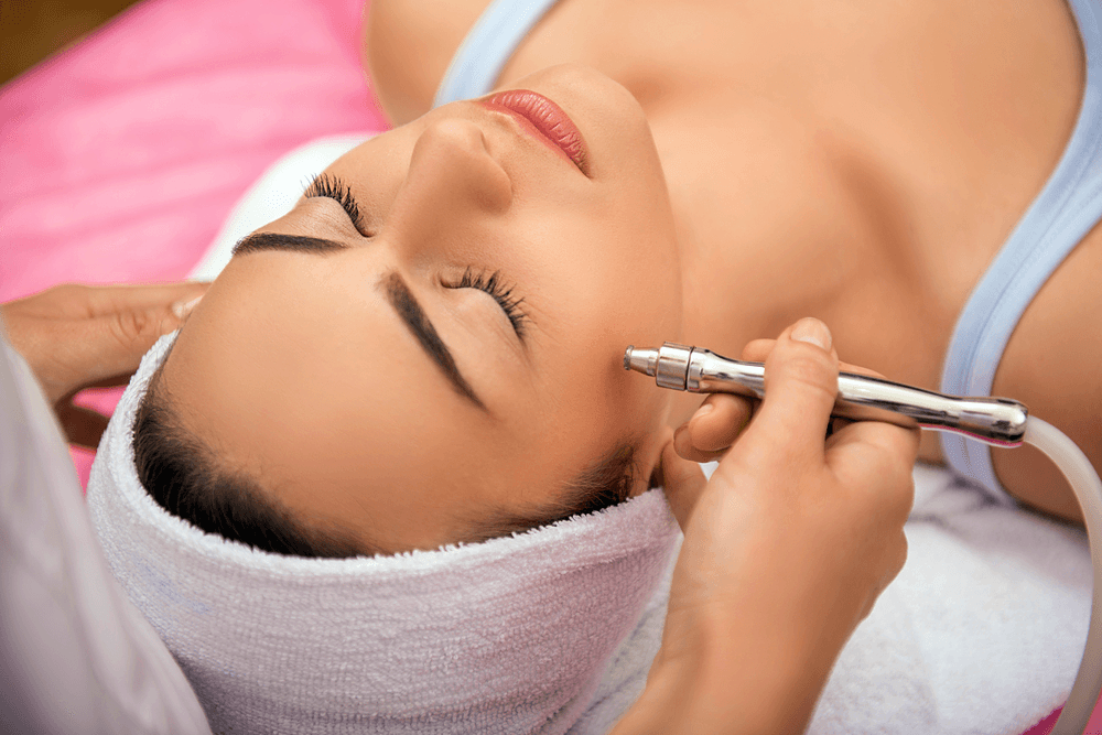 Facial cleansing in the salon: top 5 best methods