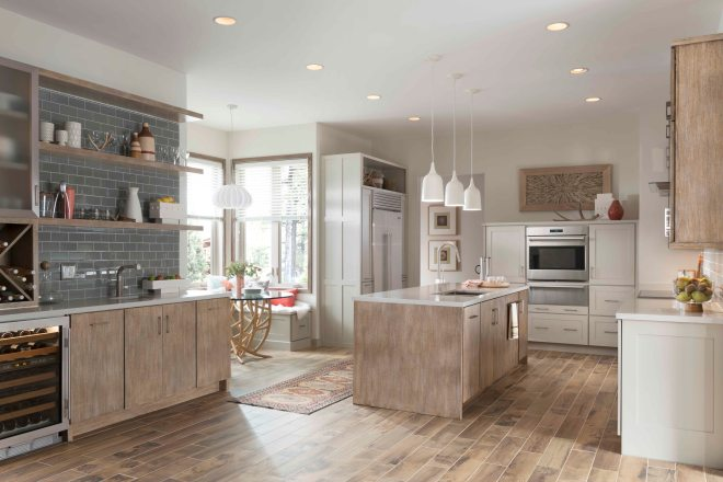 Bella quartersawn oak Cobblestone; Mission Flat Panel maple Chai Latte Classic; Bellagio stainless steel with Frosted glass