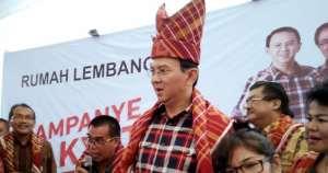 Ahok diberi marga Karo Karo, oleh warga Suku Karo di Jakarta. Merdeka.com/Achmad Fikri Faqih Haq