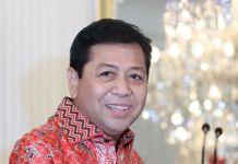 Ketua DPR RI Setya Novanto usai melakukan pertemuan dengan Presiden Jokowi di Istana Merdeka, Jakarta, Minggu (26/10/2014).(TRIBUNNEWS / DANY PERMANA)