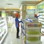 apotik Kimia Farma. KONTAN/Muradi/2016/11/17