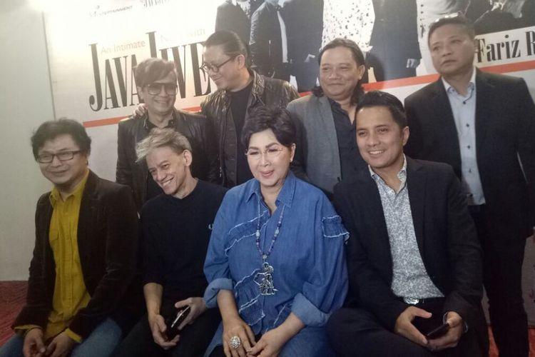 Java Jive bersama Titiek Puspa dan Fariz RM jumpa pers peluncuran single Dansa Yo Dansa di kawasan Kebayoran Baru, Jakarta Selatan, Senin (4/12/2017).(KOMPAS.com/IRA GITA)