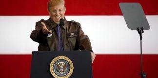 Donald Trump Ancam Potong Bantuan ke Pakistan Presiden Amerika Serikat Donald Trump mengancam akan memotong dana bantuan ke Pakistan karena menilai negara itu gagal memerangi terorisme. (REUTERS/Toru Hanai)
