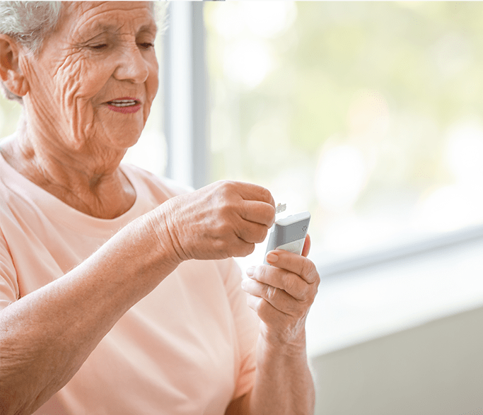 Barbara enjoys a Remote Patient Monitoring device provided by MedekRPM