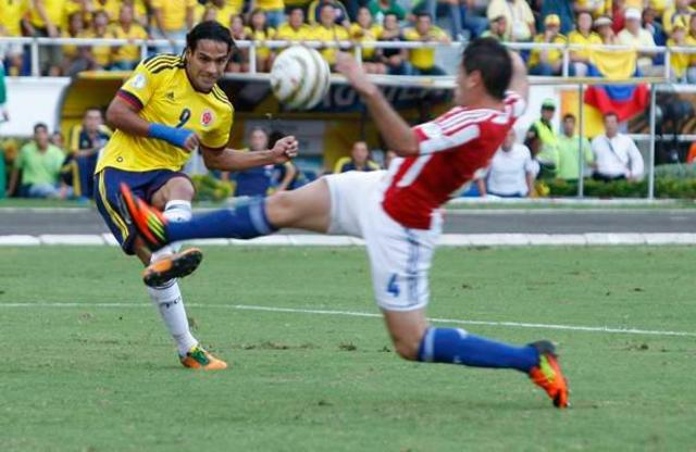 Radamel Falcao on the attack against Paraguay.