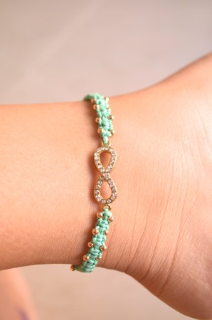 Infinity anklet. I'm in love.