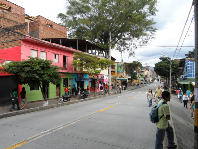 A view of the Manrique neighborhood.