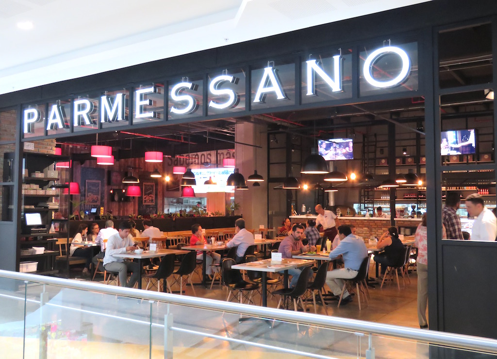 Parmessano in Mayorca mall