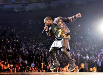 Kanye West. Kanye West lanzó su sexto álbum como solista, 'Yeezus' a principios de mayo por medio de un tuit.