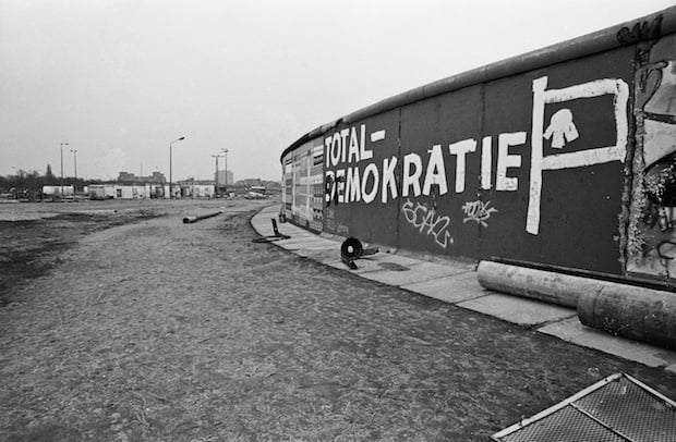 Total Demo2 La historia de cómo el techno unificó a Berlín después de la caída del Muro