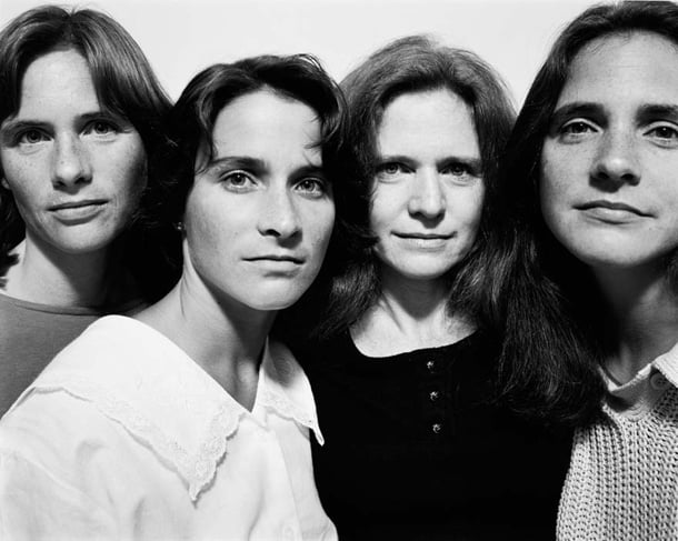 the-brown-sisters-take-photo-every-year-for-36-years-12