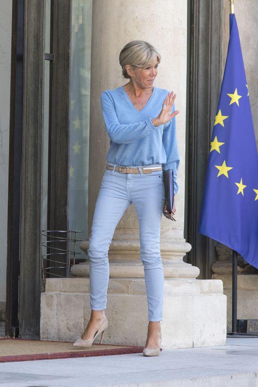 Taille De Brigitte Macron : taille, brigitte, macron, Brigitte, Macron, Secrets, Ligne