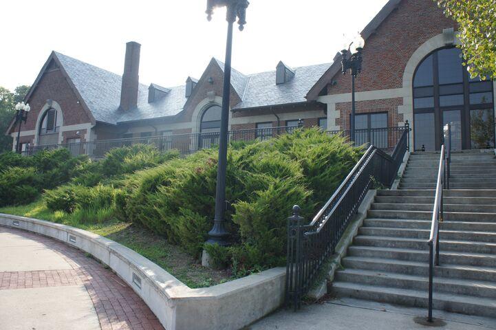 Chateau on the River  Trenton MI