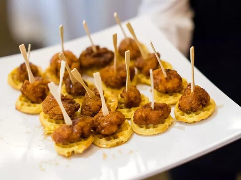 12 Ways To Throw A Delicious Brunch Wedding Reception