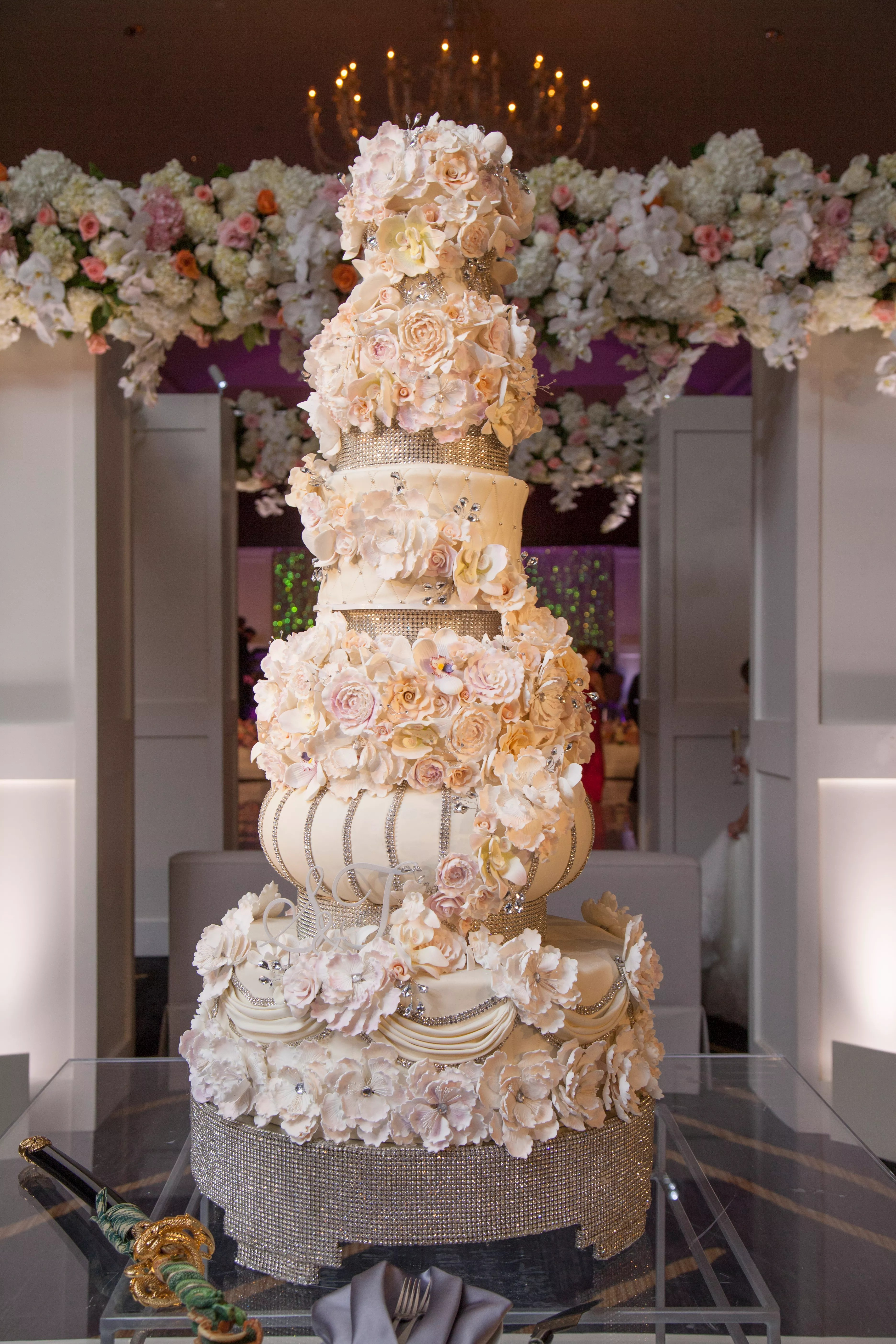 Who Made The Cake Exquisite Cakes by Nadine Moon