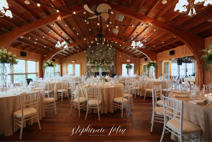 Lakeside Dining Hall - Desain Terbaru Rumah Modern Minimalis