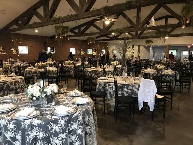 The Barn At Walnut Creek Reception Venues Findlay Oh