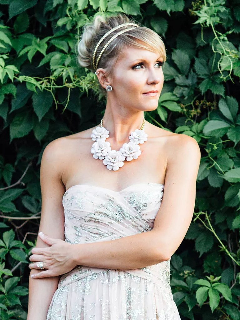 Wedding Hairstyles For Strapless Wedding Dresses