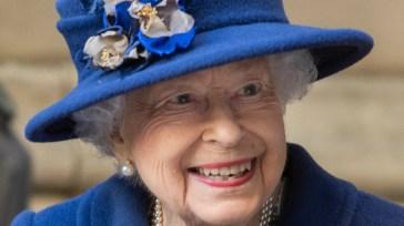 La notte in ospedale della regina Elisabetta e le altre storie della settimana
