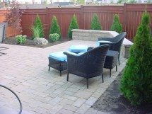 1000 Backyard Outdoor Living