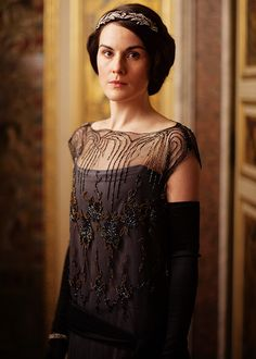 Downton Abbey Fashion: Lady Mary, S4 E1