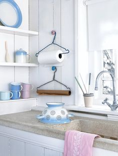 coat hanger towel rack