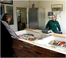 Anchor SmokehouseSuffolk's premier traditional smokehouse offering oak-smoked fish, fresh caught wet fish and the finest oak-smoked foods: smoked in the traditional way on this site since 1878, the Anchor team, in this family business, pride themselves in producing and preparing the finest quality foods for your enjoyment.
