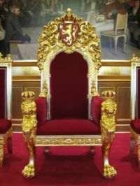 Thrones King and Queen on Pinterest | Royals, Throne Chair ...
