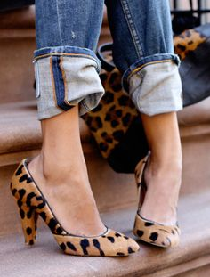 leopard pumps + cuffed denim