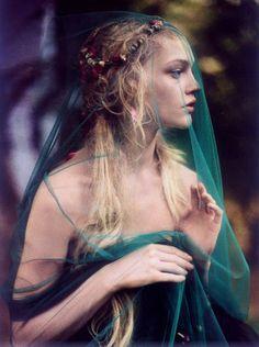 Flower child, hippie, boho, veil, flowers