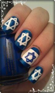 hanukka nail design