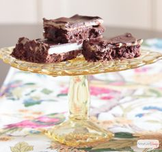 Layered Chocolate Brownie Recipe with Browned Buttercream Filling | Atta Girl Says - Featured at the #HomeMattersParty 55