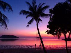Koh Phangan #Thailande Quand le soleil n'est pas là, la lune danse (Full Moon Party !) posté dans Thailande par picsandtrips https://picsandtrips.wordpress.com/2014/02/28/koh-phangan-quand-le-soleil-nest-pas-la-la-lune-danse/