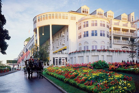 mackinac island single lesbian women There are always fun things going on at grand hotel and mackinac island check this grand hotel events calendar for upcoming events.