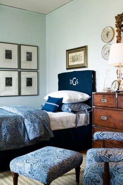 blue and white vintage bedroom Ideas for Bedroom Decor: Blue, white & antique bedroom