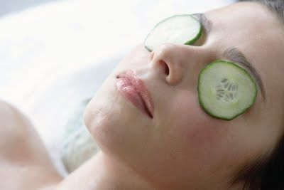 an iconic spa treatment: cucumber-on-eyes provide hydration to your eyes as well as relaxation!