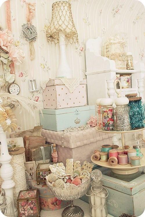 Shabby Chic Bedroom Design Ideas