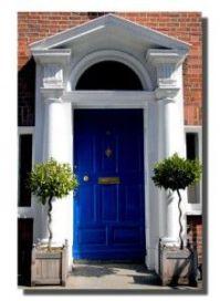 beautiful cobalt blue front door | Decor: Curb Appeal ...