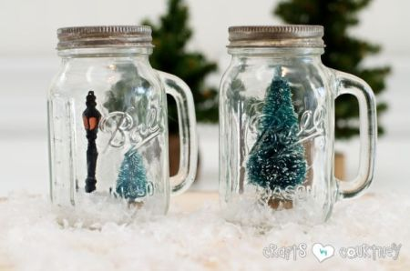 Mason Jar Salt & Pepper Shaker Christmas Snowglobes {Crafts by Courtney}