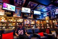 10 AWESOME Sports Themed Man Caves! | Creative Ideas ...