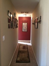 Color accent wall. Hallway decor | Mi Canton. | Pinterest