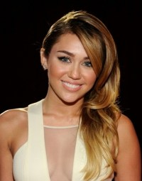 Miley Cyrus hair color | Hair | Pinterest