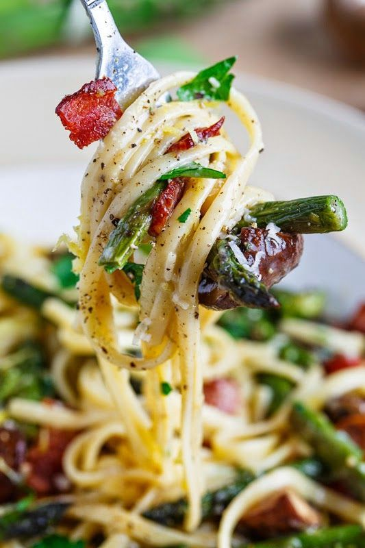 Foodie Place: Roasted Asparagus and Mushroom Carbonara